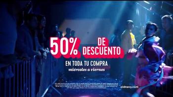 Old Navy TV Spot, 'Boxeo: 50 por ciento' con Diane Guerrero [Spanish] - Thumbnail 8