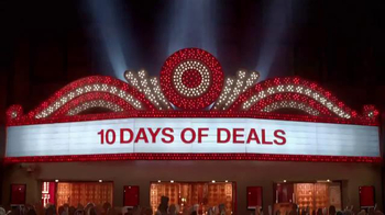Target 10 Days of Deals TV Spot, 'Big Selfie' - Thumbnail 1