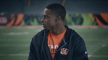 NFL Shop TV Spot, 'Pittsburgh in December' Featuring A.J. Green - Thumbnail 8