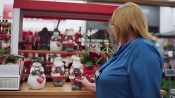 Kohl's TV Spot, 'Holiday 2016: Give a Little More: Charlene' - Thumbnail 4