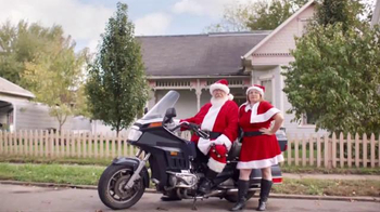 Kohl's TV Spot, 'Holiday 2016: Give a Little More: Charlene' - Thumbnail 7