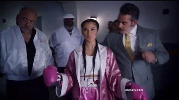 Old Navy TV Spot, 'Noche de Boxeo' con Diane Guerrero [Spanish] - Thumbnail 1