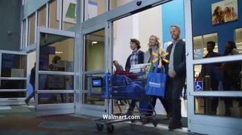 Walmart TV Spot, 'Black Friday: Levántate' canción de Pitbull [Spanish] - Thumbnail 9