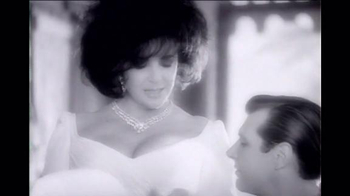 Elizabeth Taylor White Diamonds Night TV Spot, 'Bold Opulence' - Thumbnail 2
