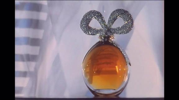Elizabeth Taylor White Diamonds Night TV Spot, 'Bold Opulence' - Thumbnail 4