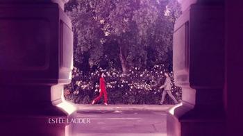 Estee Lauder Modern Muse Le Rouge Gloss TV Spot, 'Inspire' - Thumbnail 3