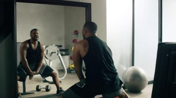 Apple Music TV Spot, 'Drake vs. Bench Press' Song by Taylor Swift - Thumbnail 3