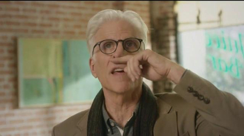American Express TV Spot, 'Cheers' Featuring Kristen Bell, Ted Danson - Thumbnail 4