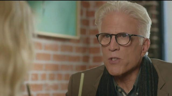 American Express TV Spot, 'Cheers' Featuring Kristen Bell, Ted Danson - Thumbnail 8