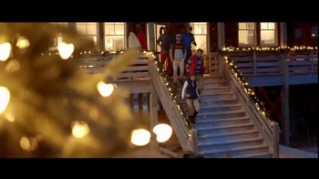 Izod TV Spot, 'Comfort and Joy' - Thumbnail 6