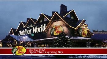 Bass Pro Shops Thanksgiving 5 Day Sale TV Spot, 'Hoodies, Watches & Fryer' - Thumbnail 10