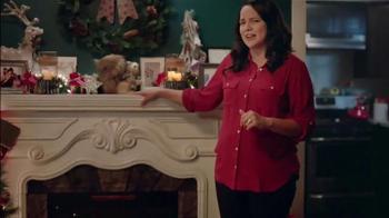 Big Lots TV Spot, 'Urn Trees and Flurry Projector' - Thumbnail 6