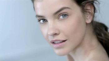 L'Oreal Paris Pure-Clay Masks TV Spot, 'Insta-detox' [Spanish] - Thumbnail 1