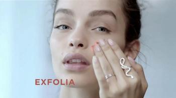 L'Oreal Paris Pure-Clay Masks TV Spot, 'Insta-detox' [Spanish] - Thumbnail 7
