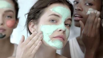 L'Oreal Paris Pure-Clay Masks TV Spot, 'Insta-detox' [Spanish] - Thumbnail 9