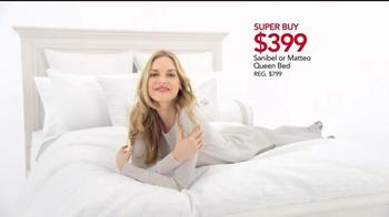 Macy's Black Friday Sale TV Spot, 'Super Buys' - Thumbnail 3