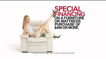 Macy's Black Friday Sale TV Spot, 'Super Buys' - Thumbnail 6