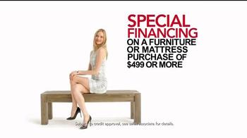 Macy's Black Friday Sale TV Spot, 'Super Buys' - Thumbnail 7