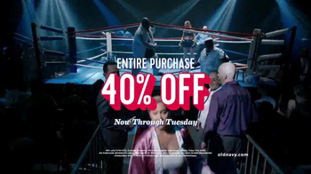 Old Navy TV Spot, 'Old Navy's Fight Night' Ft Amy Schumer, Song by Survivor - Thumbnail 7