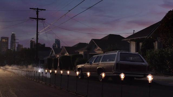 Apple MacBook Pro TV Spot, 'Bulbs'