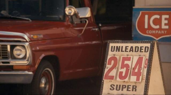 GEICO Motorcycle TV Spot, 'Vintage Sign' Song by Strange Weather - Thumbnail 4