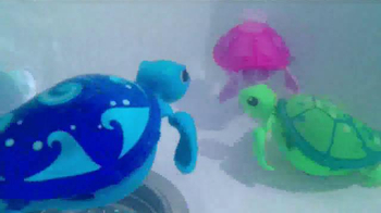 Little Live Pets Little Turtles TV Spot, 'From Land to Water' - Thumbnail 3
