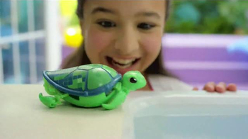 Little Live Pets Little Turtles TV Spot, 'From Land to Water' - Thumbnail 4