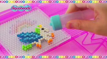 Aquabeads Ultimate Design Studio TV Spot, 'Create and Enjoy' - Thumbnail 5
