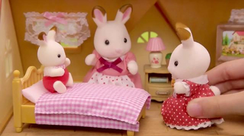 Calico Critters Cozy Cottage Starter Home TV Spot, 'Bell's Cottage' - Thumbnail 6