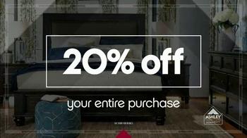 Ashley Furniture Homestore Columbus Day Sale TV Spot, 'One Dollar Down' - Thumbnail 3