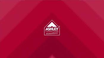 Ashley Furniture Homestore Columbus Day Sale TV Spot, 'Weekend Savings' - Thumbnail 1