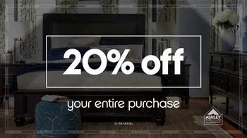 Ashley Furniture Homestore Columbus Day Sale TV Spot, 'Weekend Savings' - Thumbnail 3