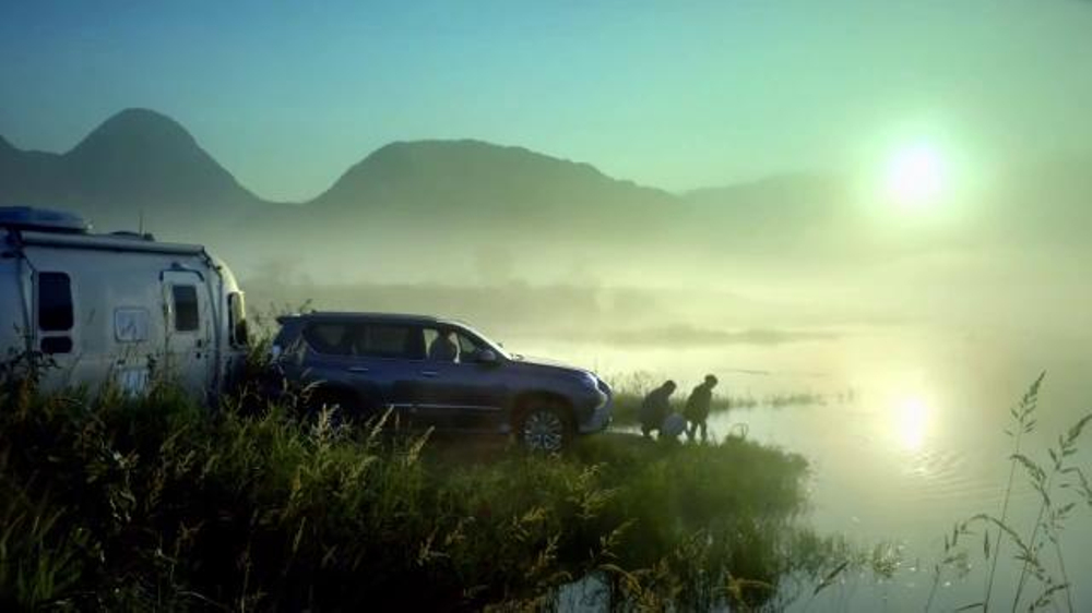 Lexus GX TV Commercial, 'The Road Less Traveled'