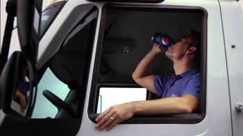 Pepsi TV Spot, 'Joy of Pepsi' Feat. Tori Kelly, Kyrie Irving, Jeff Gordon - Thumbnail 7
