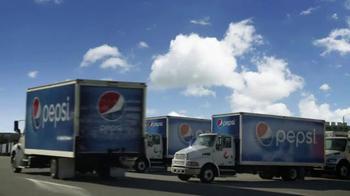 Pepsi TV Spot, 'Joy of Pepsi' Feat. Tori Kelly, Kyrie Irving, Jeff Gordon - Thumbnail 9