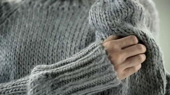 Curel Itch Defense TV Spot, 'Wool Sweater' - Thumbnail 2