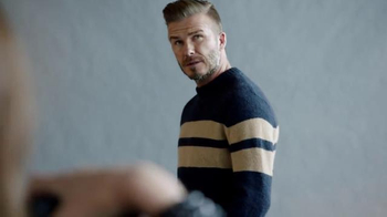 H&M TV Spot, 'Modern Essentials Selected by David Beckham' Feat. Kevin Hart - Thumbnail 7