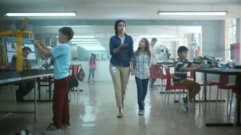 McDonald's TV Spot, 'Graduación' [Spanish] - Thumbnail 6