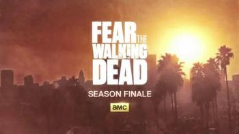 KFC $20 Family Fill Up TV Spot, 'AMC: Fear the Walking Dead' - Thumbnail 10