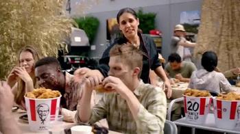 KFC $20 Family Fill Up TV Spot, 'AMC: Fear the Walking Dead' - Thumbnail 2