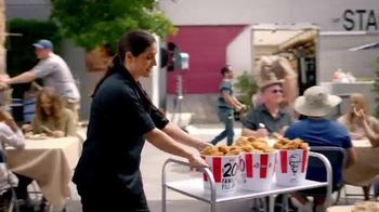 KFC $20 Family Fill Up TV Spot, 'AMC: Fear the Walking Dead' - Thumbnail 3