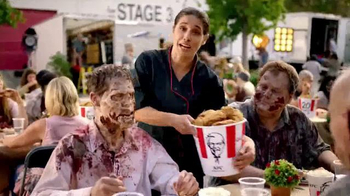 KFC $20 Family Fill Up TV Spot, 'AMC: Fear the Walking Dead' - Thumbnail 7
