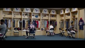 Bose TV Spot, 'Music Deserves Bose' Featuring J.J. Watt, Zac Brown Band - Thumbnail 6