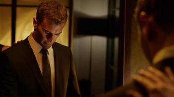 Hugo Boss: The Scent TV Spot, 'Power of Boss' Featuring Theo James - Thumbnail 3