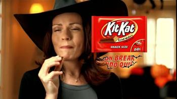 KitKat Snack Size TV Spot, 'Sonidos de Halloween' [Spanish] - Thumbnail 7
