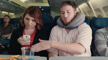 Marvel Puzzle Quest TV Spot, 'Annoying Flight Passenger' - Thumbnail 4