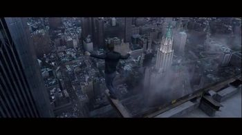 The Walk - Alternate Trailer 18