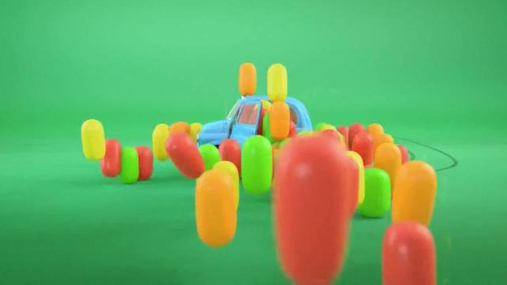 Tic Tac Fruit Adventure TV Commercial, 'Clown Car'