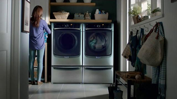 Maytag Washers & Dryers TV Spot, 'Tough Loads' Featuring Colin Ferguson - Thumbnail 8