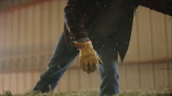 Wrangler Cool Vantage Jeans TV Spot, 'Hard Work and Sweat' - Thumbnail 8